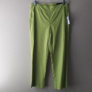 NWT Roz & Ali Classic Fit Lime Green Crop Pants  8